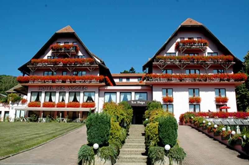 hotel avec piscine route des vins alsace HOTEL DES VOSGES vous souhaite la bienvenue !